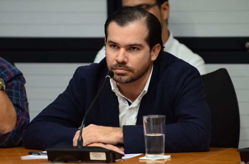 Juan-Carlos-Bolanos-comparece-Asamblea-Legislativa-1